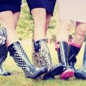 Gumene čizme – praktične, a moderne