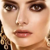 Doček Nove godine 2011 uz upadljiv nakit
