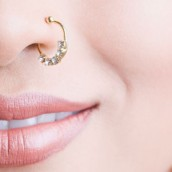 Pirsing na nosu – istorija duga 4000 godina